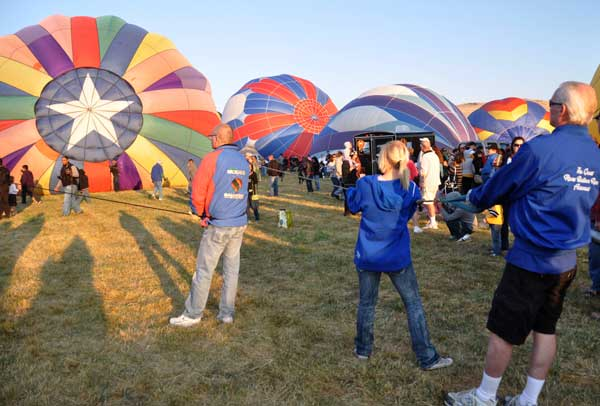 Keeping the balloons on the earth